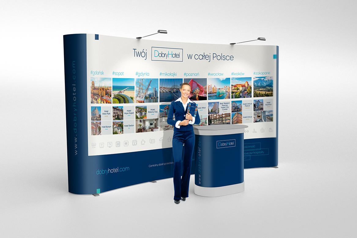 Dobry-Hotel-Projekt_Scianka-Reklamowa